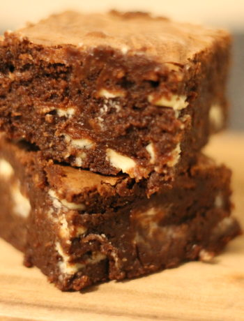 Brownie med 2 slags chokolade